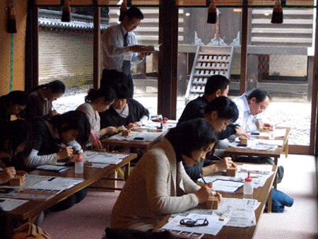 京都・ガレリア亀岡 篆刻教室風景